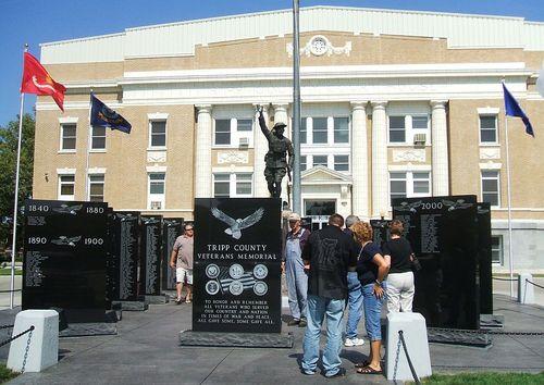 Veterans_Memorial_Tripp County