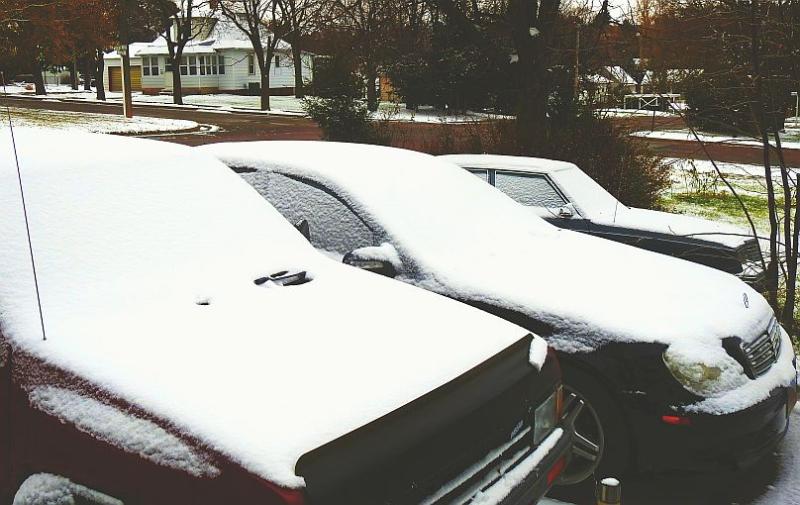 Snow_on_Cars_Nov06_20176