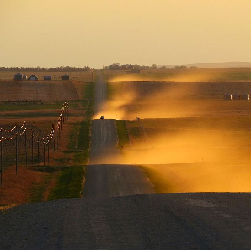 Dusty_Road_Sunset_IMG_3804
