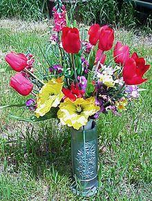 Memorial_flowers_may262007