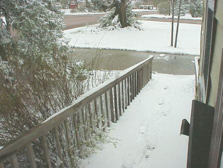 Snow_apr25_2008_2